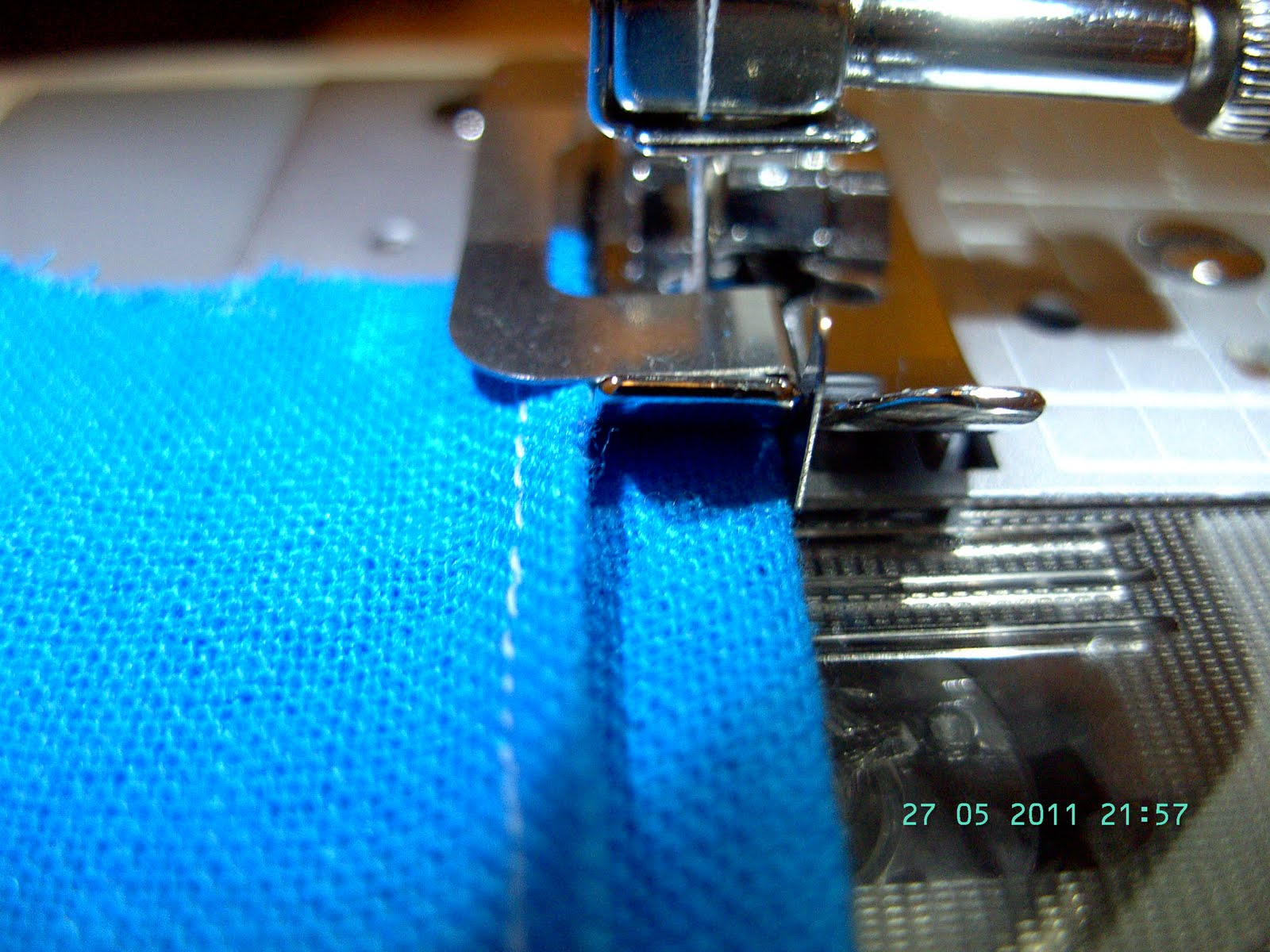 blind hem foot how to use